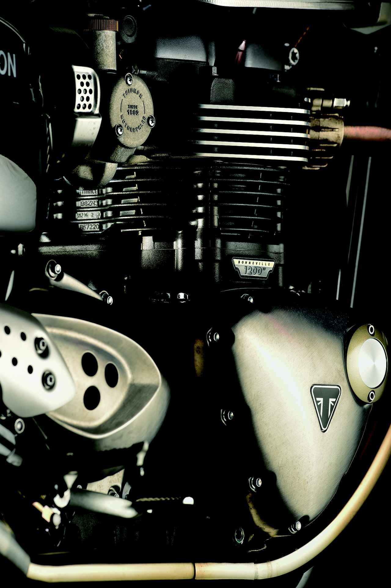 画像: スピードツイン以来、伝統となり現代までバーティカルツインは受け継がれている。写真はBONNBEVILLE T120のエンジン。