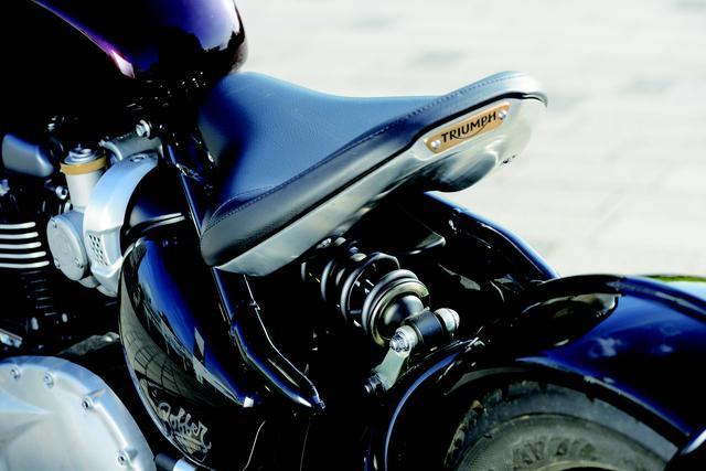 画像2: 完全無欠のオートバイの原形