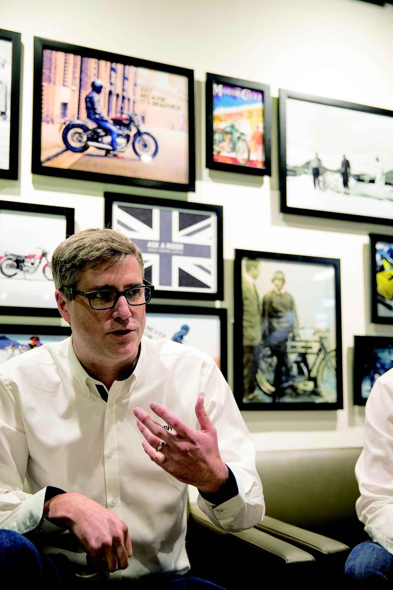 画像: 98年に入社し、開発、デザイン、マーケティングなど各部署を担当し、2011年に代表に就任。1977年、イギリス生まれの40歳