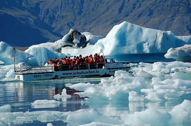 画像: ヨークルサルロンボートツアー(イメージ)