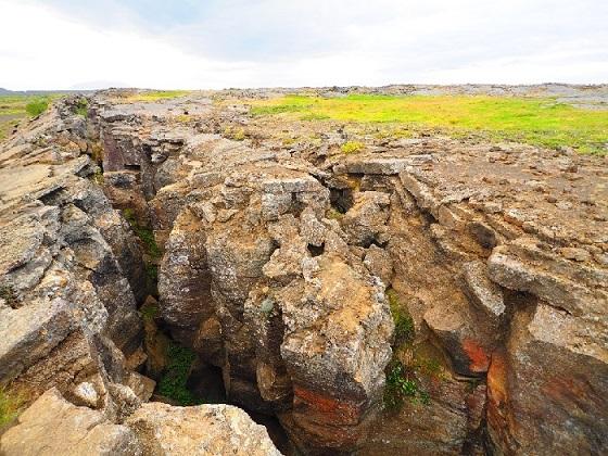 画像: シンクヴェトリル国立公園 地球の割れ目 ギャウ