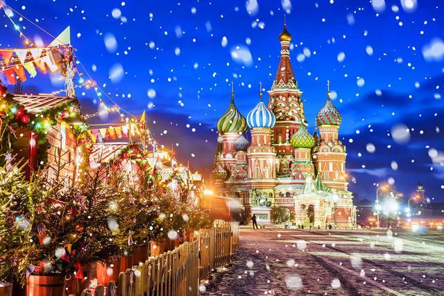 画像: ロシアのクリスマスシーズンは12~2月まで続きます(写真は赤の広場/イメージ)