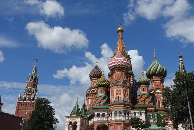 画像: ロシアのシンボル・聖ワシリー寺院(担当者・東根撮影)