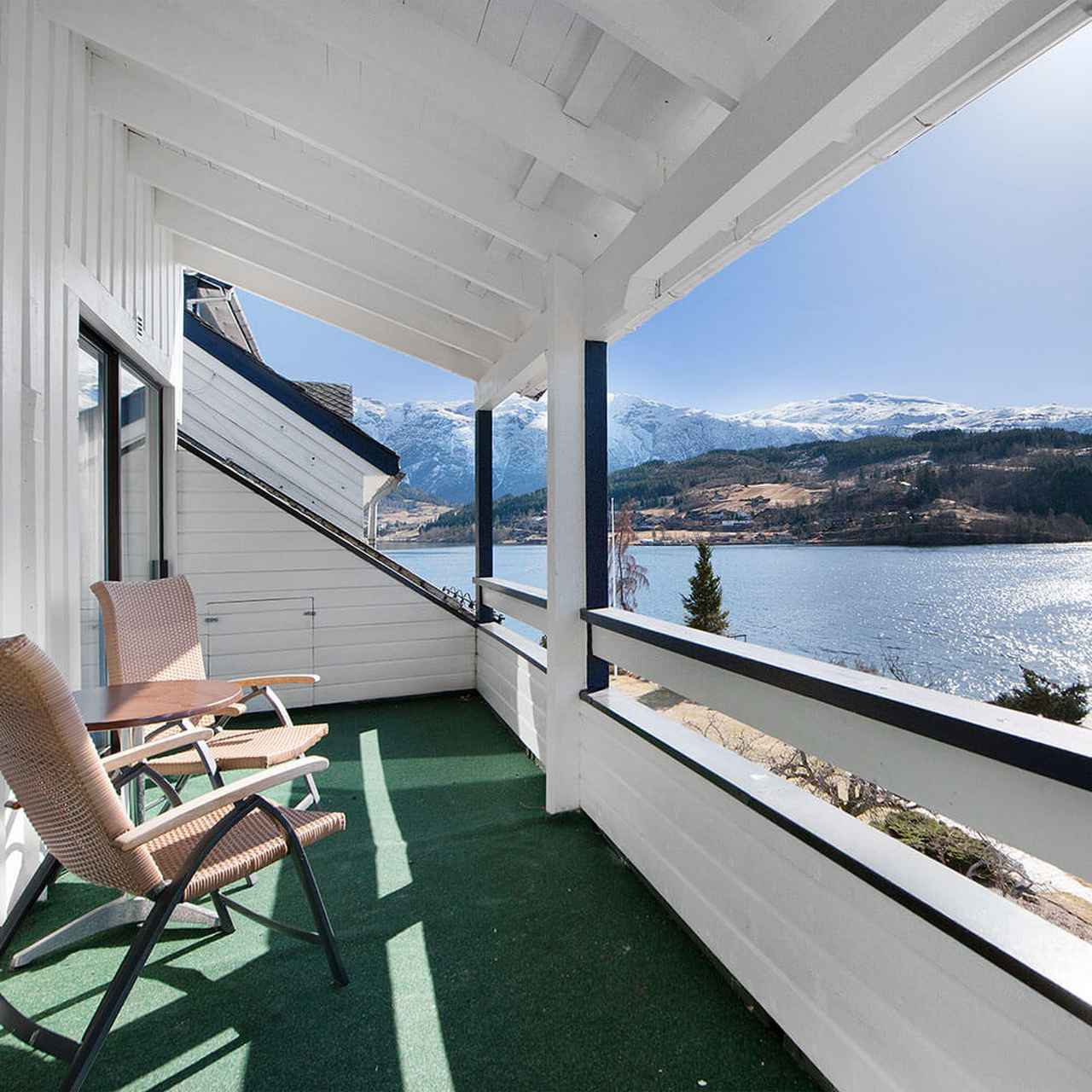 画像: brakanes hotel の客室一例(イメージ)