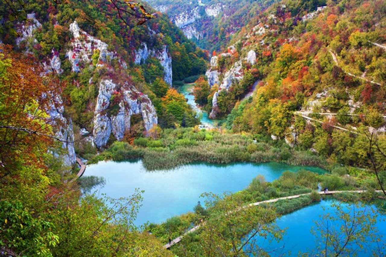 画像: 彩り豊かなプリトヴィツェ国立公園(イメージ)