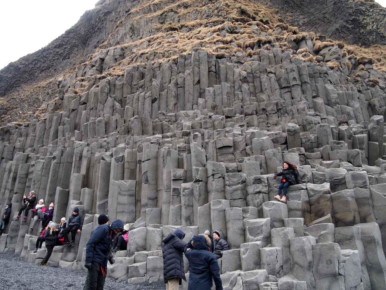 画像: 気を付ければ登ることもできる柱状節理(イメージ/Viking提供)