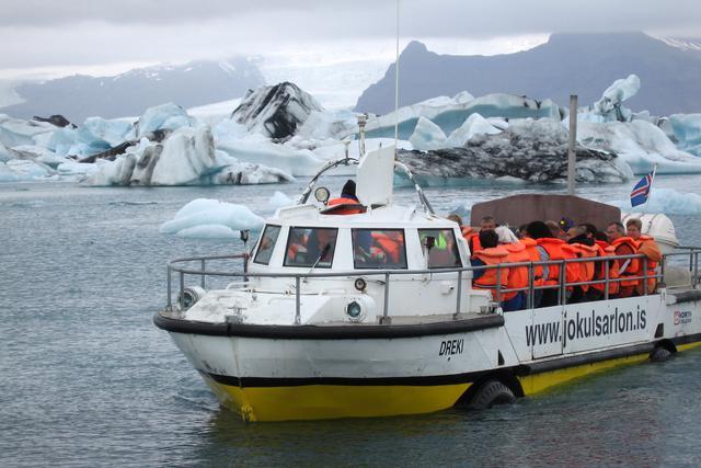 画像: ボートツアーの様子(イメージ/Viking提供)