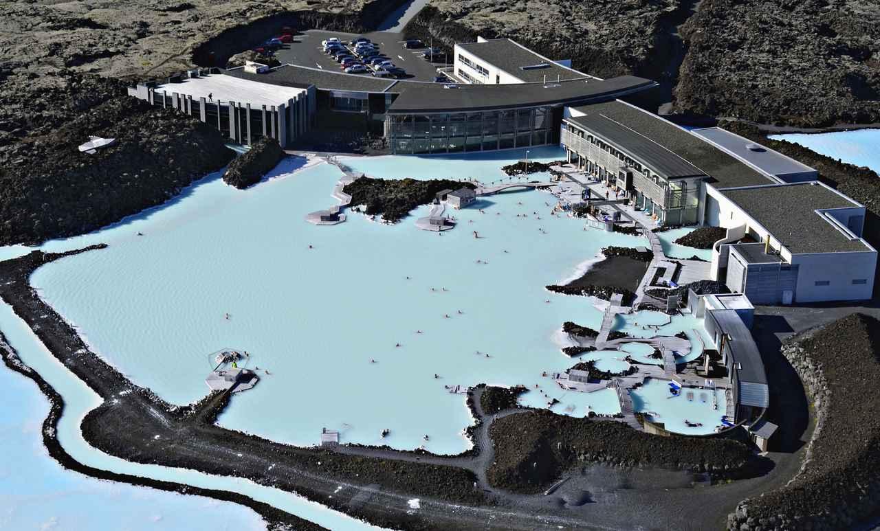 画像: 世界でもなかなか見られない!巨大な露天風呂・ブルーラグーン(イメージ/Viking提供)