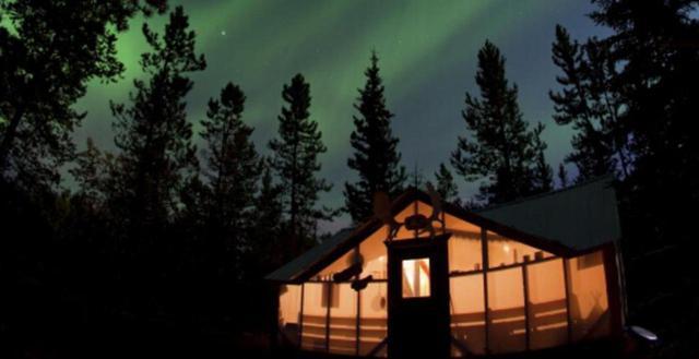 画像: 「オーロラを見るにはどの国がおすすめ?観賞率が高い国は?」そんな疑問にお答えいたします。一生に一度は見たい天空の神秘・オーロラを見るなら「カナダ」「アラスカ」をおすすめする理由をご紹介いたします。 clublog.club-t.com