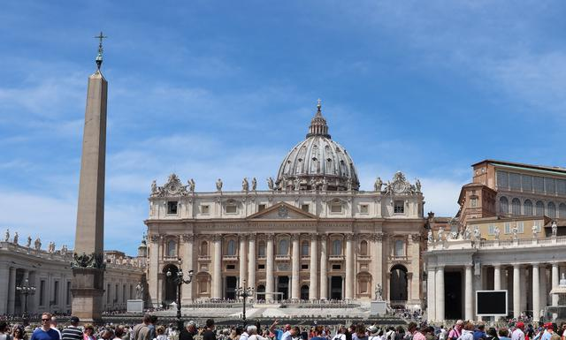画像: バチカンにあるサン・ピエトロ大聖堂(弊社スタッフ 2019年6月撮影)