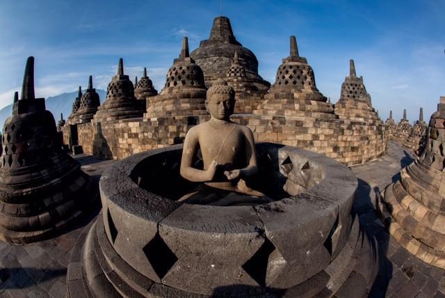 画像: ボロブドゥール寺院 小ストゥーパ
