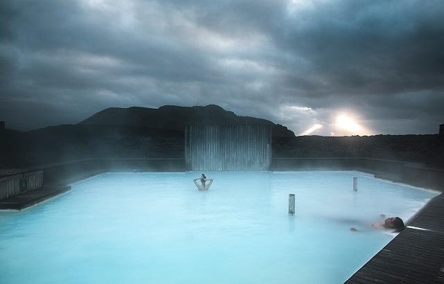 画像: 過ごしやすい温度のお湯でゆっくり過ごしたい(イメージ)