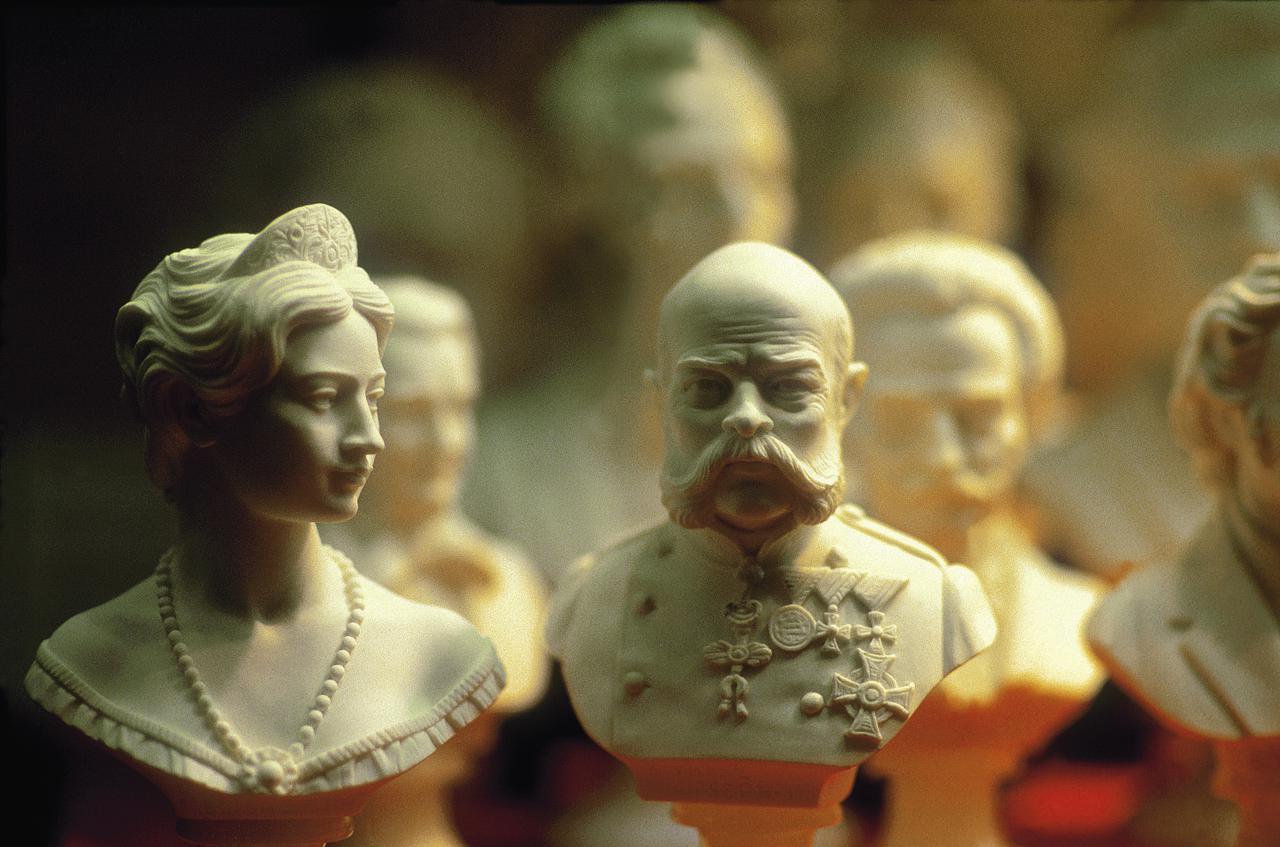 画像: 皇妃エリザベートと皇帝フランツ・ヨーゼフ @オーストリア政府観光局/Hans-Wiesenhofer