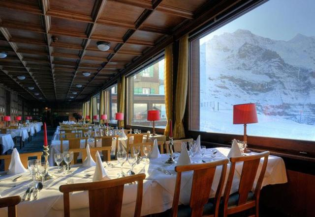 画像: 「ベルビュー・デザルブ」のレストラン