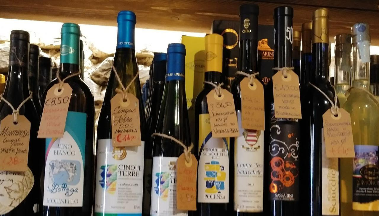 画像: チンクエテッレのワイン (筆者撮影)
