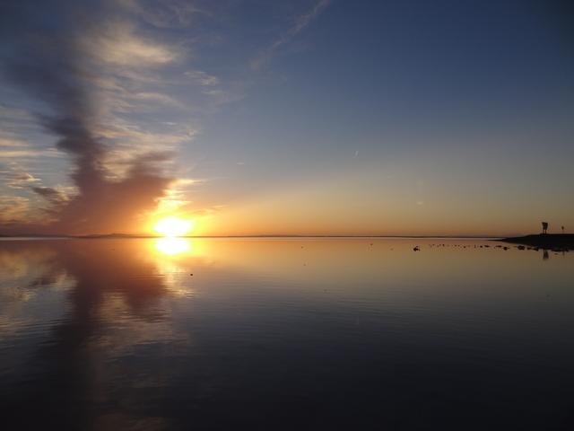 画像: ボンネビル湖の夕日