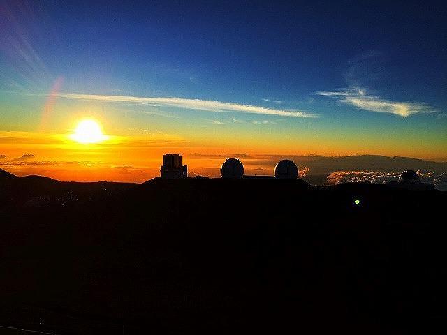 画像: マウナケア山頂での夕日鑑賞(ハワイ島)スタッフ撮影