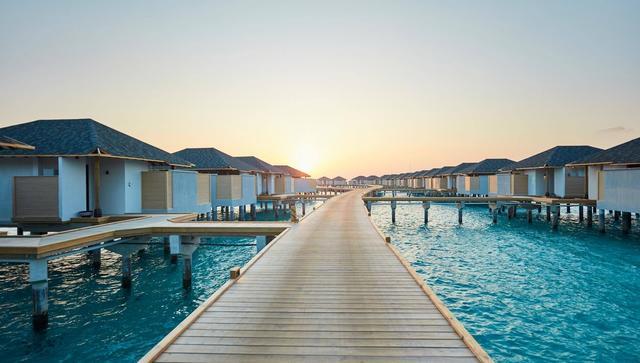 画像: モルディブで人気の高い水上コテージ