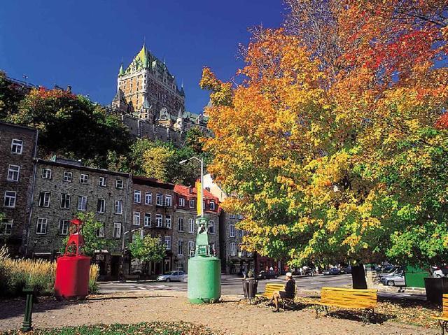 画像: 『エア・カナダ(エコノミークラス利用)往復直行便 紅葉のカナダ・メープル街道 秋色絶景ハイライト7日間』 紅葉のカナダを一筆書きで巡る!|クラブツーリズム