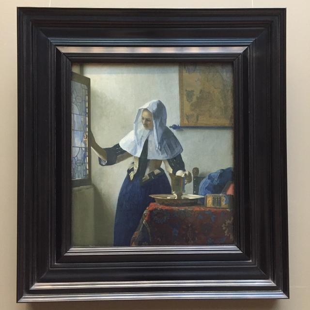 画像: フェルメール作「水差しを持つ女」/メトロポリタン美術館所蔵