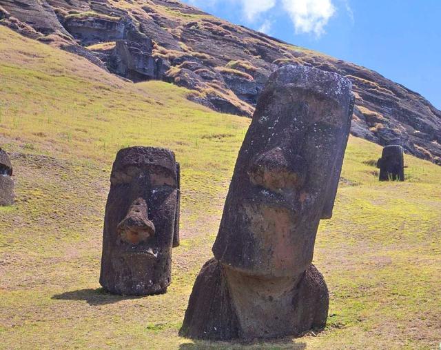画像: 添乗員同行/神秘のイースター島と憧れのリゾートタヒチ島とモーレア島8日間/3月出発を追加発表!