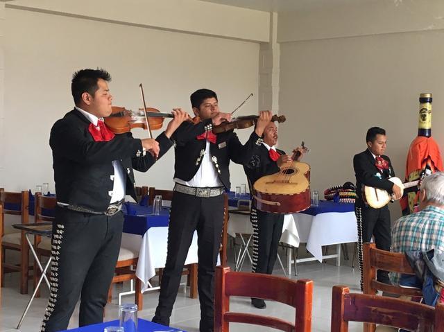 画像: 昼食レストランではマリアッチの演奏を聴きながら、メキシコ料理をお楽しみいただけます♪(イメージ)