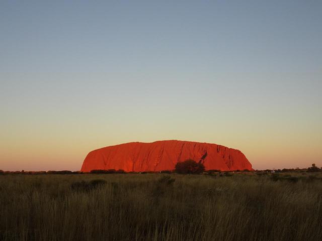 画像: 【オーストラリア】現地レポート!ウルル(エアーズロック)に登ってきました! - クラブログ ~スタッフブログ~|クラブツーリズム