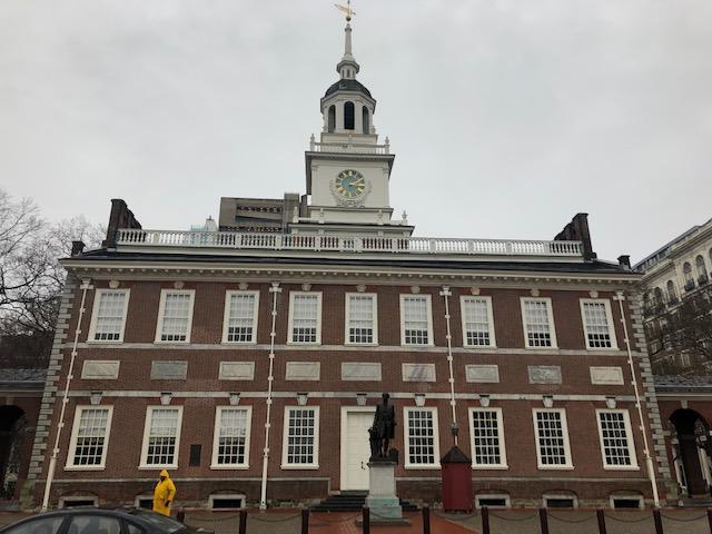画像: アメリカ独立宣言を採択した建物・独立記念館(イメージ)