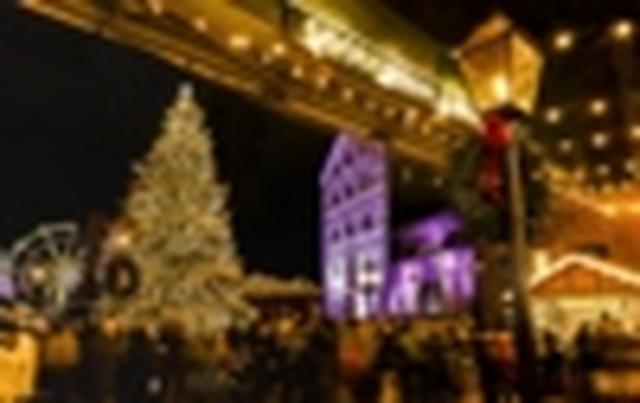 画像: <おひとり参加の旅/女性限定>『1名1室確約 羽田発着 トロント・クリスマスマーケットとナイアガラの滝5日間』 18名様限定/12月5日出発|クラブツーリズム