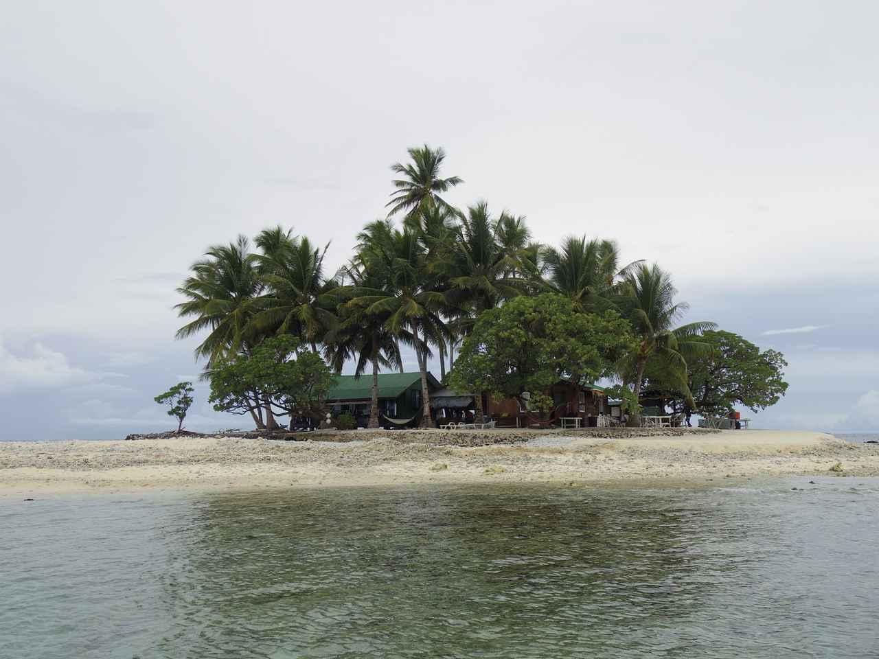 画像: ジープ島に到着!