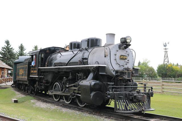画像: ヘリテージ公園歴史村・園内を周遊する蒸気機関車/弊社スタッフ 荒井撮影