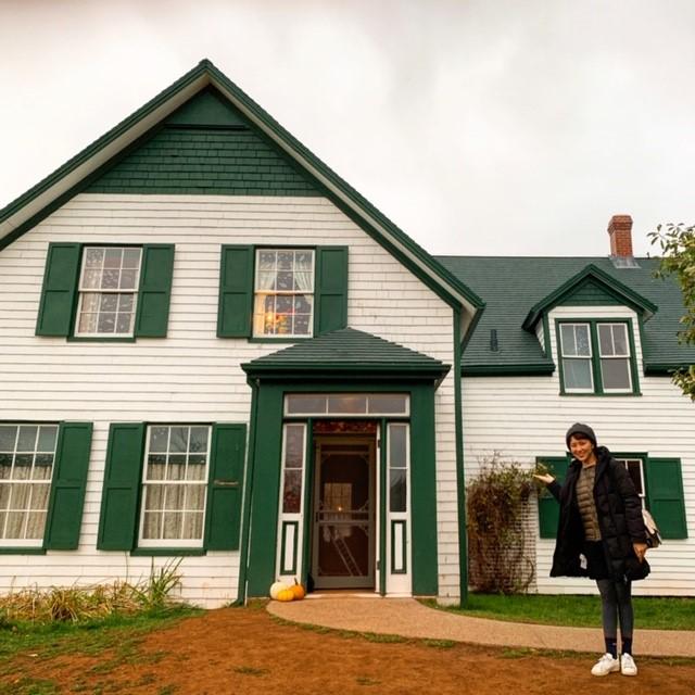 画像: 最も有名な観光地『グリーン・ゲイブルズハウス』(アンが物語で住んでいた家)/弊社スタッフ和田撮影