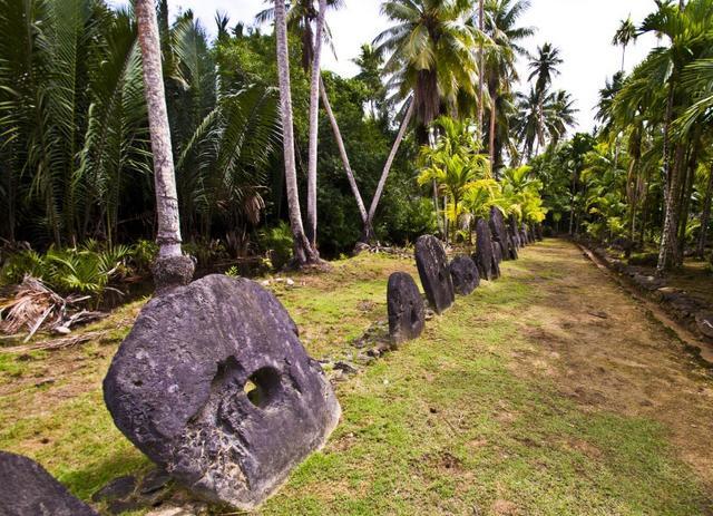 画像: 『添乗員同行/15名様限定/ミクロネシア連邦の不思議なヤップ島5日間』10月25日発表新コース♪|クラブツーリズム