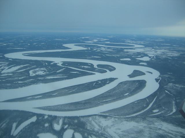 画像2: セスナ機から見たユーコン川/イメージ
