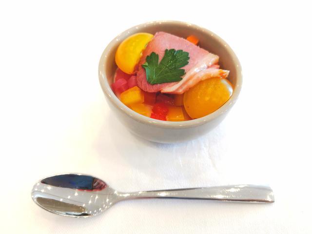 画像: 鴨肉を使ったアペタイザー