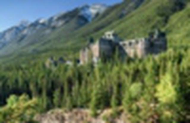 画像1: 『<3~5月限定企画>ワンダフル!絶景カナダ8日間』 各都市2連泊でカナダを周遊!一度は見たいカナダの絶景へ!/古城風ホテル【バンフスプリングス】にも宿泊|クラブツーリズム