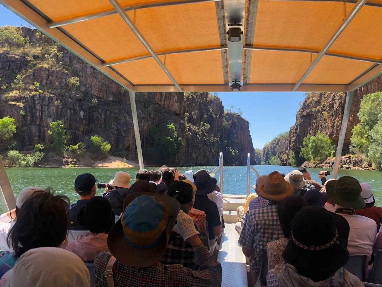 画像: ニトミルク国立公園にて断崖絶壁が美しいキャサリン渓谷クルーズへご案内!