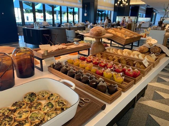 画像1: とにかく食べてほしい!豪華な朝食