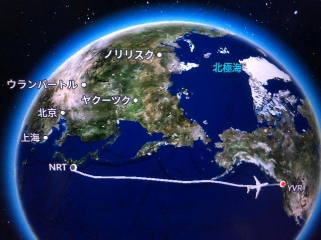 画像: 日本航空ビジネスクラスにて、バンクーバーへ/弊社スタッフ貝原撮影