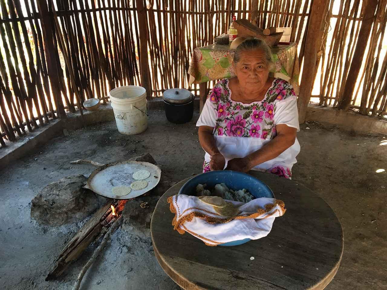 画像: サンタエレナ村マヤ人の一般家庭(イメージ)