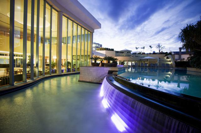 画像: ホテルのプール(イメージ)