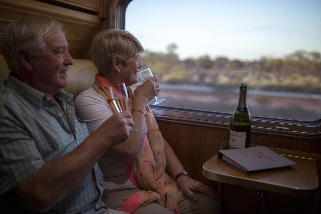 """画像3: 世界の魅力的な鉄道<第1回> 『""""大陸縦断鉄道""""ザ・ガン号/オーストラリア』 【好奇心で旅する海外】<鉄旅チャンネル>"""