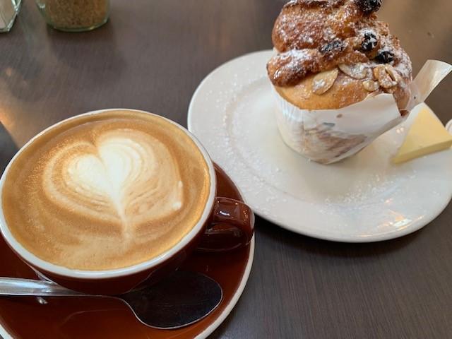 画像: バリスタがいれてくれるコーヒーは見た目から美味しい(スタッフ撮影)