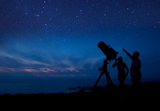 画像: マウナケア星空観賞(イメージ)©ハワイ観光局(HTA)ダナ・エドマンズ