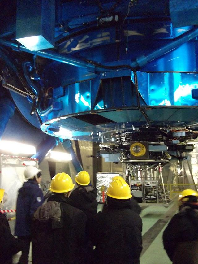 画像2: 巨大なすばる望遠鏡(筆者撮影)