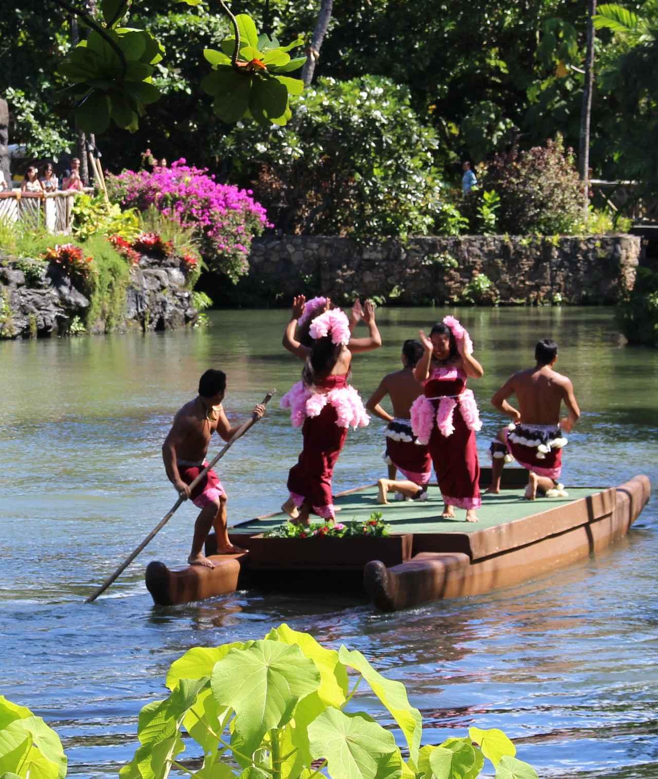画像: オアフ島のポリネシア・カルチャー・センター ここで行われる「HĀ:ブレス・オブ・ライフ」はハワイで一番クオリティーが高いルアウ・ショーとしてクラブツーリズムのお客様にも大人気です (撮影:YUKO)