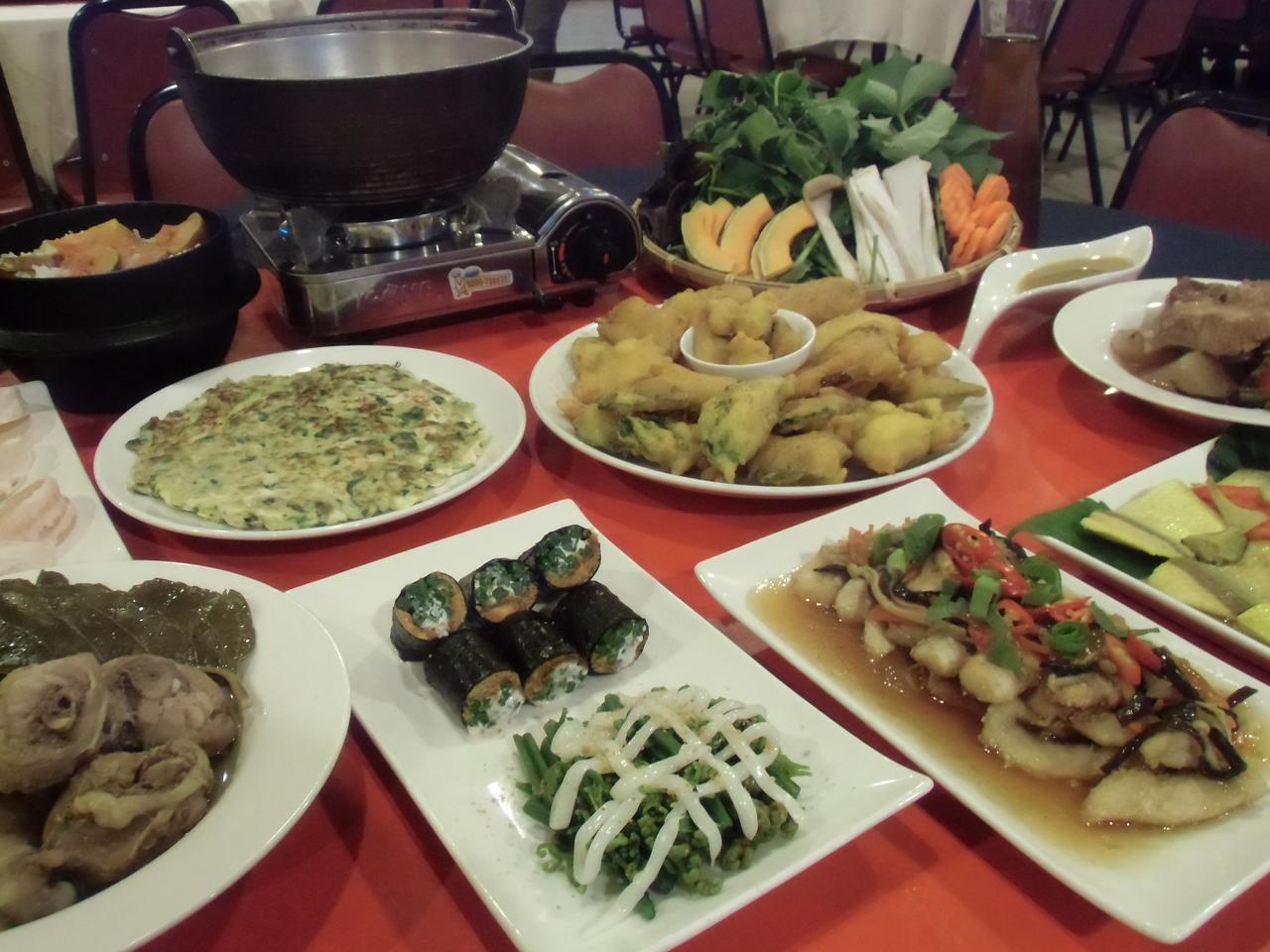 画像: 家庭料理の夕食(6名様分のイメージ)