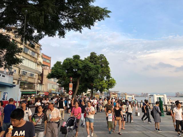 画像: 台北郊外・淡水老街付近の様子(7月上旬/現地スタッフ撮影)