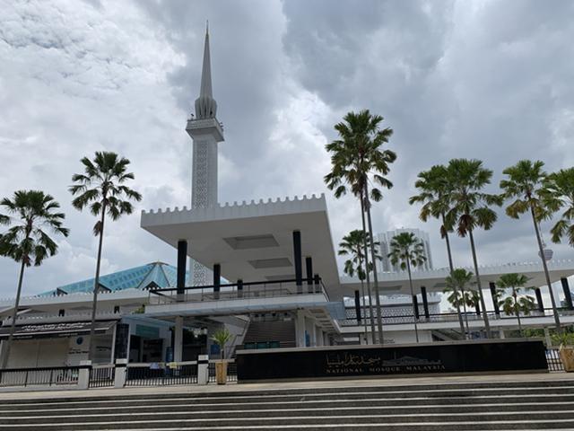 画像: 国立回教モスク 弊社現地スタッフ撮影[7月21日撮影] 観光客用の入り口は封鎖され入場できないようです。