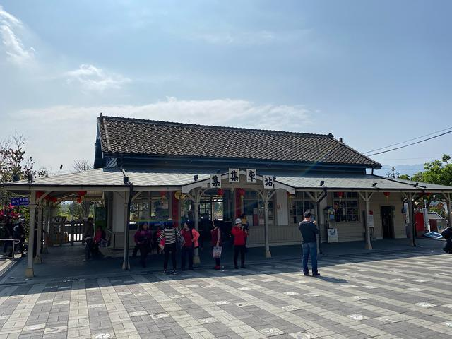 画像: 日本統治時代の駅舎が使われる集集駅/弊社スタッフ撮影